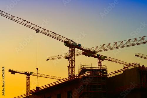Baukräne auf der Baustelle des Stadtschlosses in Berlin Poster