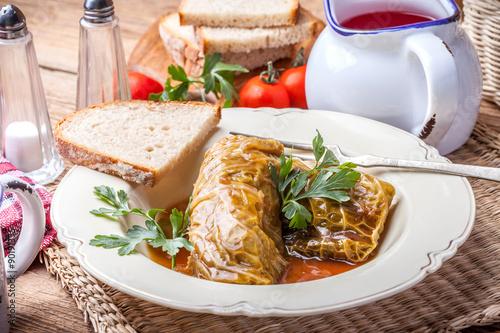 Deurstickers Klaar gerecht Dish of cabbage stuffed with meat.