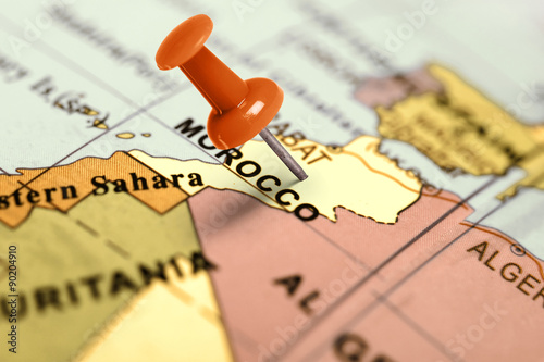 Poster Maroc Location Morocco. Red pin on the map.