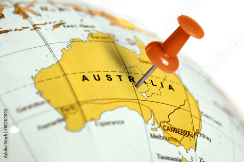 Photo sur Toile Australie Location Australia. Red pin on the map.