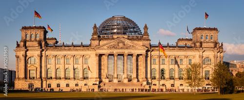 Staande foto Berlijn Reichstag in Berlin - Deutschland