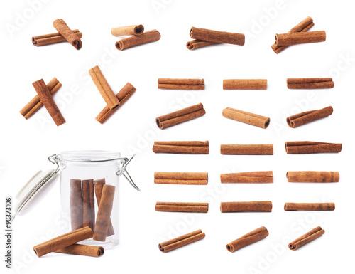 Set of cinnamon sticks isolated Fototapet