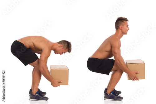 Fotografía  Incorrect And Correct Posture While Lifting Weight