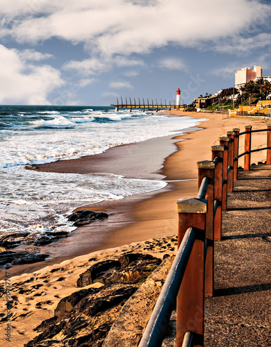 Poster Afrique du Sud View of Umhlanga Rocks Lighthouse, Milennium Pier and beach from the promenade