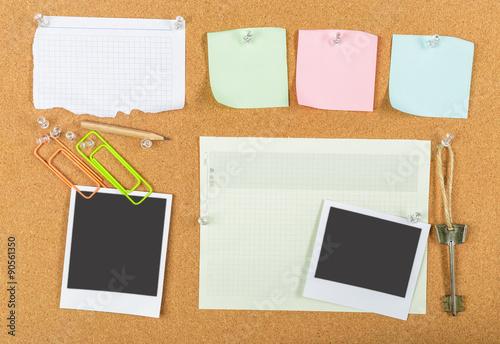 Fotografie, Obraz  Corkboard, sticky notes