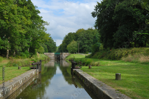 Fotografie, Tablou  Ecluse à Hédé-Bazouges sur le canal d'Ille-et-Rance en Bretagne, France – Lock o