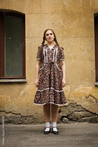 Spoed Foto op Canvas Gypsy Soviet girl in retro style is on the Moscow street