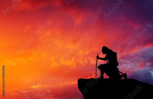 Photo Samurai on top of mountain. Conceptual design.