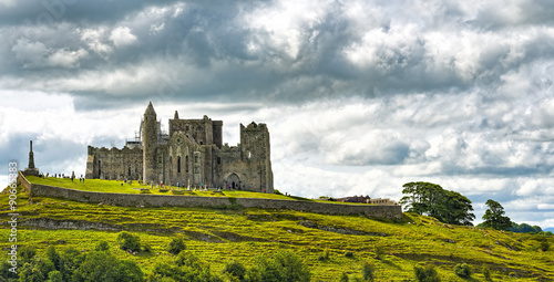 Fotografie, Obraz  Irsko Rock of Cashel Panorama