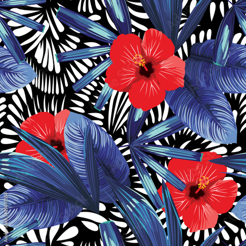 czerwone-kwiaty-hibiskusa-i-niebieskie