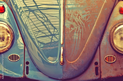 Anfas old car, half dirty. Retro Style (car wash, good and evil, © anko_ter