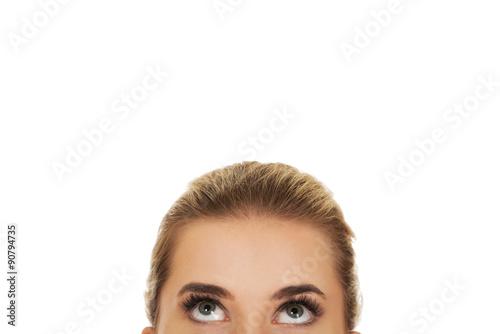 Fotografía  Beautiful female eyes looking up
