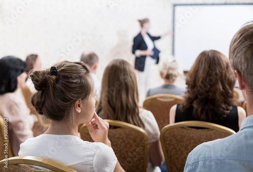 Fotografía  Speech during symposium