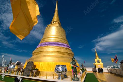 Photo  The Golden Mount, Wat Saket, travel landmark of Bangkok, Thailand