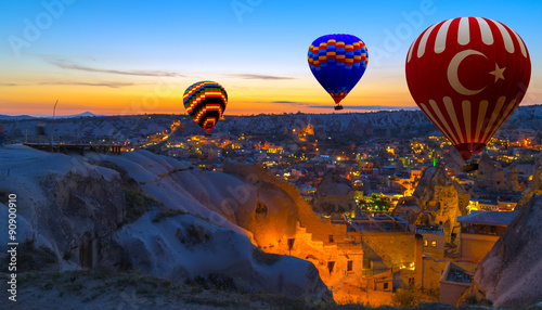 Poster Montgolfière / Dirigeable Hot Air Balloon morning Cappadocia Turkey