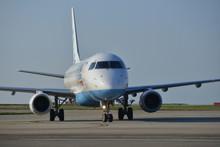 Flybe Embraer E175, U.K.  A Co...