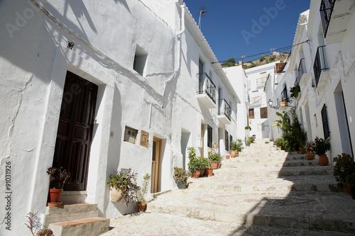 Municipio rural de la provincia de Málaga, Frigiliana