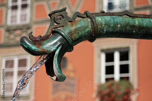 Staande foto Fontaine détail fontaine ancienne à Colmar
