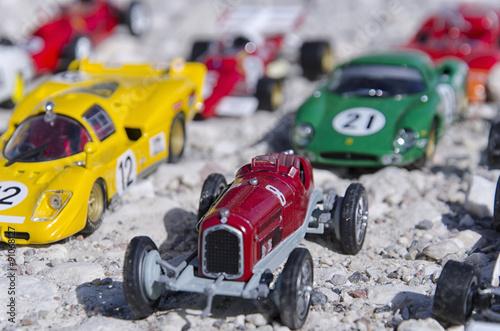 fototapeta na lodówkę Models of a classic cars in the sun