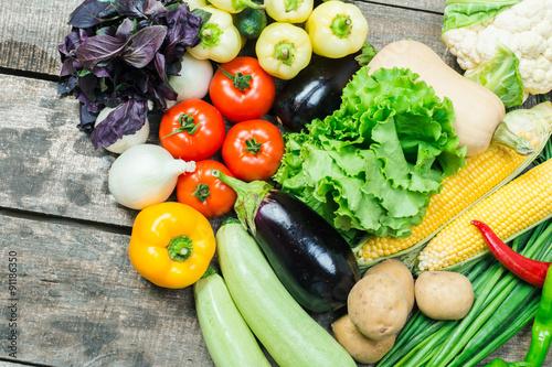 Fotobehang Groenten Harvest of fresh vegetables close up