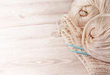 Balls Of Yarn And Knitting Nee...