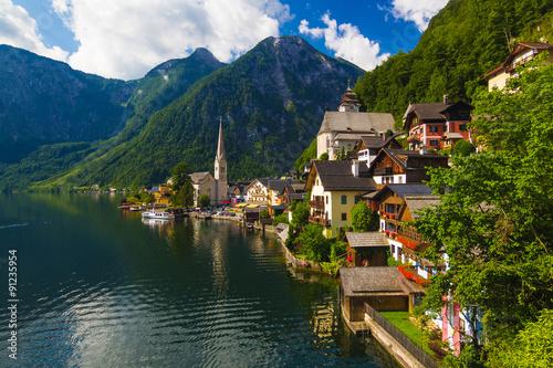 Cuadros en Lienzo Hallstatt town in summer, Alps, Austria