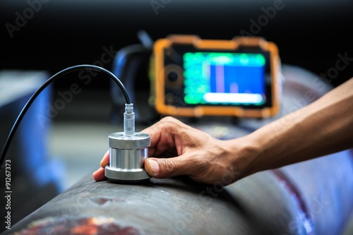 Fotografie, Obraz  Ultrasonic test round bar forge for finding internal defect