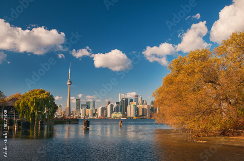 Photo  Toronto skyline at fall