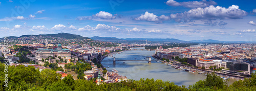 Tablou Canvas Panoramic view of city Budapest - the capital of Hungary