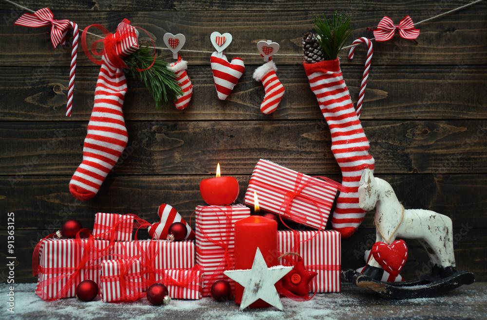 Weihnachtskarte - Weihnachtsgeschenke - rot/weiß - dekorieren Foto ...