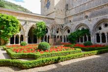Cour Intérieure De L' Abbaye De Fontfroide