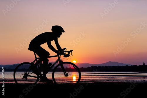 Zdjęcie XXL Ludzie na rowerze na plaży
