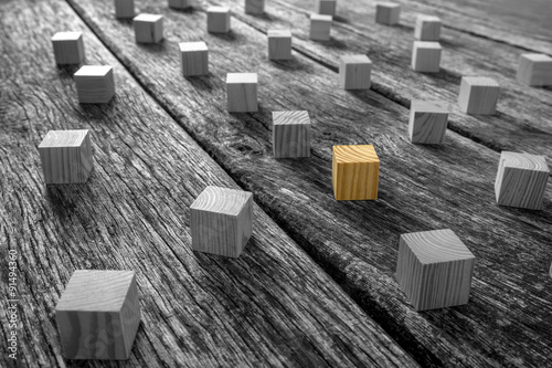 Fotografía  Brown and Gray Wooden Blocks on the Table
