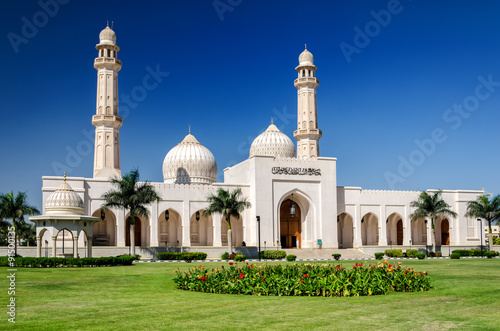Obraz na płótnie Sultan Qaboos Grand Mosque, Salalah / The largest mosque in the southern part of