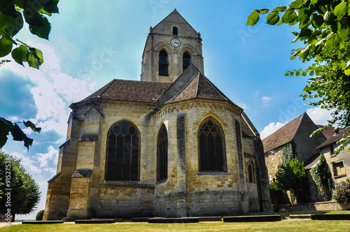Photo Auvers-sur-Oise, the church that painted Van Gogh, France