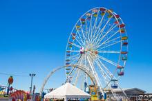 Giant Ferris Wheel In Amusemen...