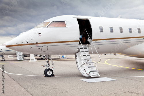 Photographie White private business jet