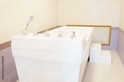 Fényképezés The balneotherapy bath in Spa salon