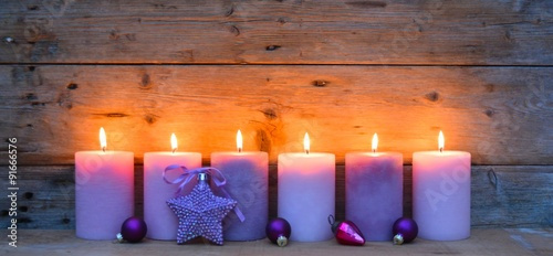 Adventskerzen - flieder, lila - Weihnachtskarte
