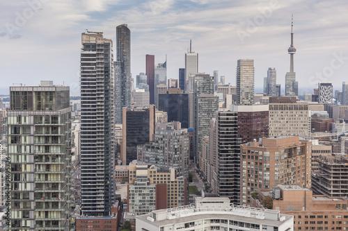 Zdjęcie XXL Grono wieżowowie w W centrum Toronto na tle Toronto niebo.