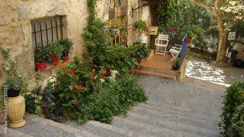 Fototapeta premium uliczka starego francuskiego miasta Fayence