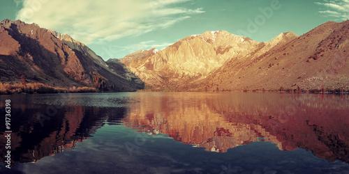 Poster Bergen Snow Mountain lake