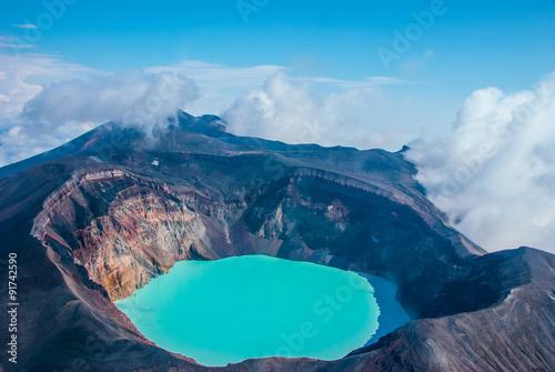 Cuadros en Lienzo Sulfur lake in volcano's crater in Kamchatka, Russia