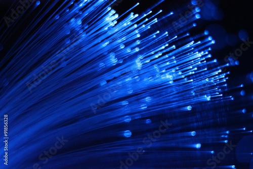 obraz dibond Verschwommenes blaues Glasfaserbündel