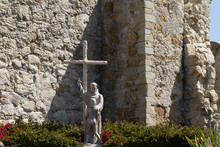 Statue Honoring Junipero Serra In Mission San Juan Capistrano In Southern California