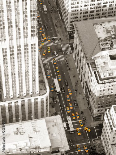 Foto op Plexiglas New York TAXI Aerial view of Fifth Avenue in New York City