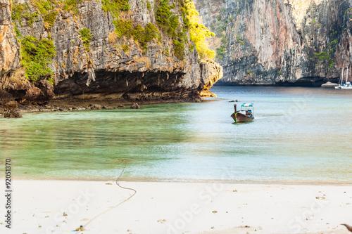 Foto  Thai bay