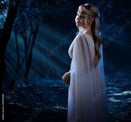 Fototapeta Elven girl at night forest obraz na płótnie