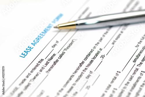 Fotografía  Documento de contrato de arrendamiento