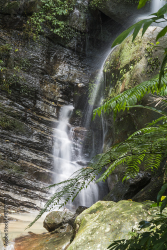 wodospad-w-gorach